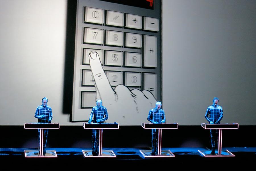 Kraftwerk_Sydney2013_Calculator