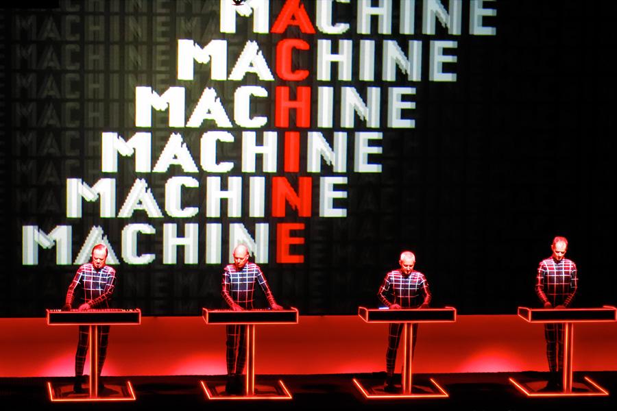 Kraftwerk_Sydney2013_ManMachine